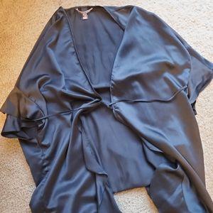 VS Black Robe